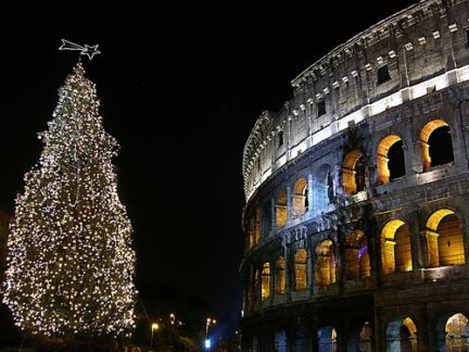 Addobbi Natalizi Roma.Il Natale Si Avvicina E L Urbe Diventa Piu Magica Hotel Nel Centro Di Roma